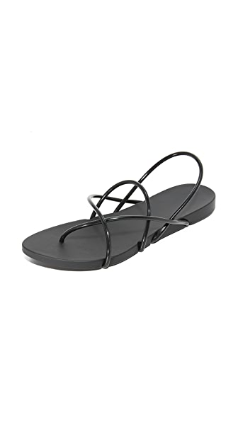 Ipanema Philippe Starck Thing G Sandals - Black/Black