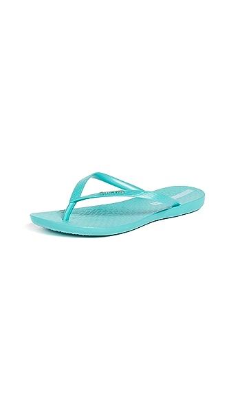 Ipanema Wave Essence Flip Flops In Blue/Blue