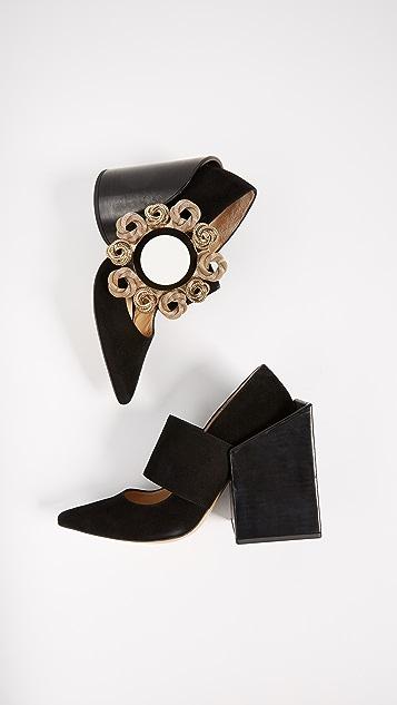 Jacquemus Les Chaussures Boucle Pumps