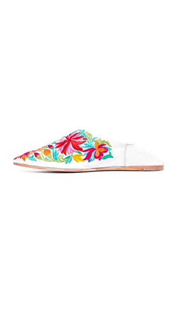 Jeffrey Campbell Vijay Embroidered Flats