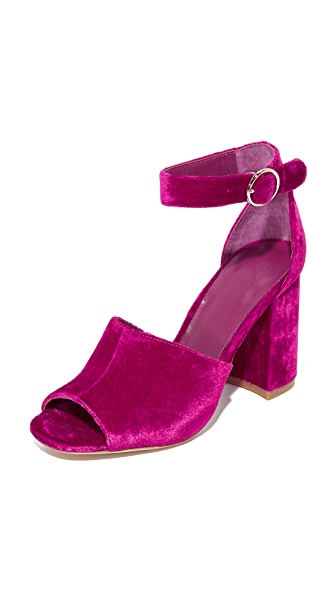 Joie Lahoma Sandals In Cerise