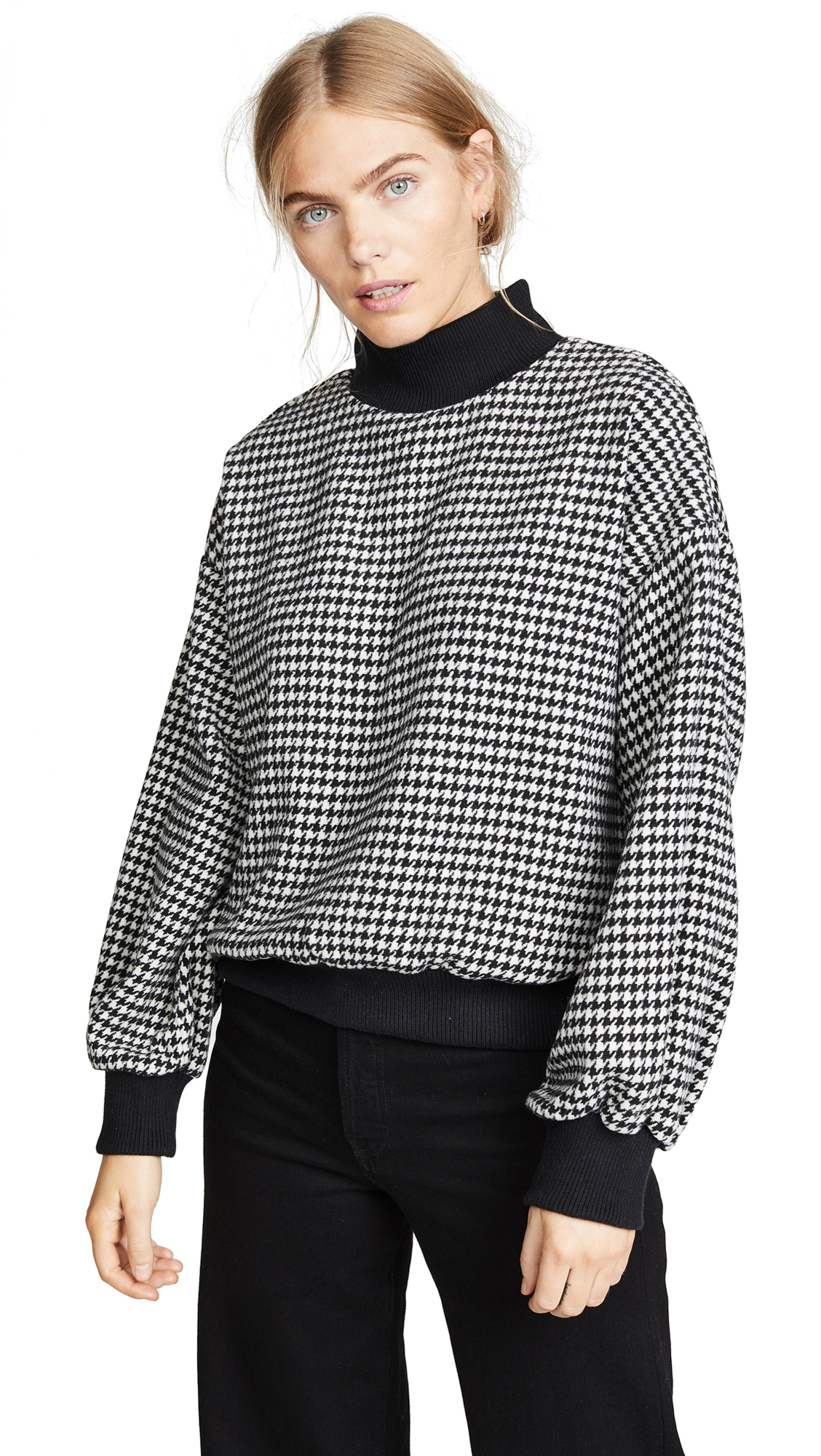 JOA Houndstooth Sweater in Black/White