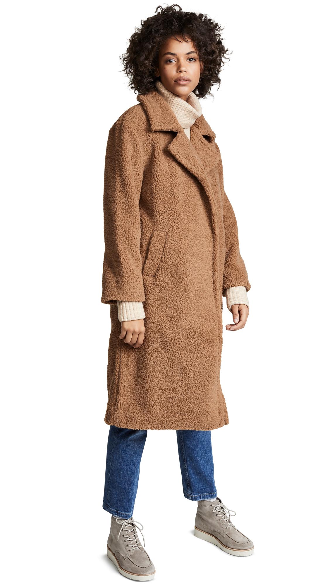 JOA Teddy Coat in Latte