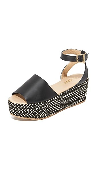 KAANAS Trinidad Wedges - Black