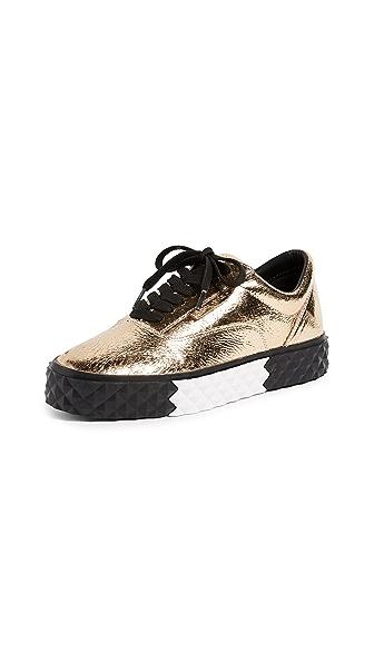 KENDALL + KYLIE Rori Platform Sneakers In Gold