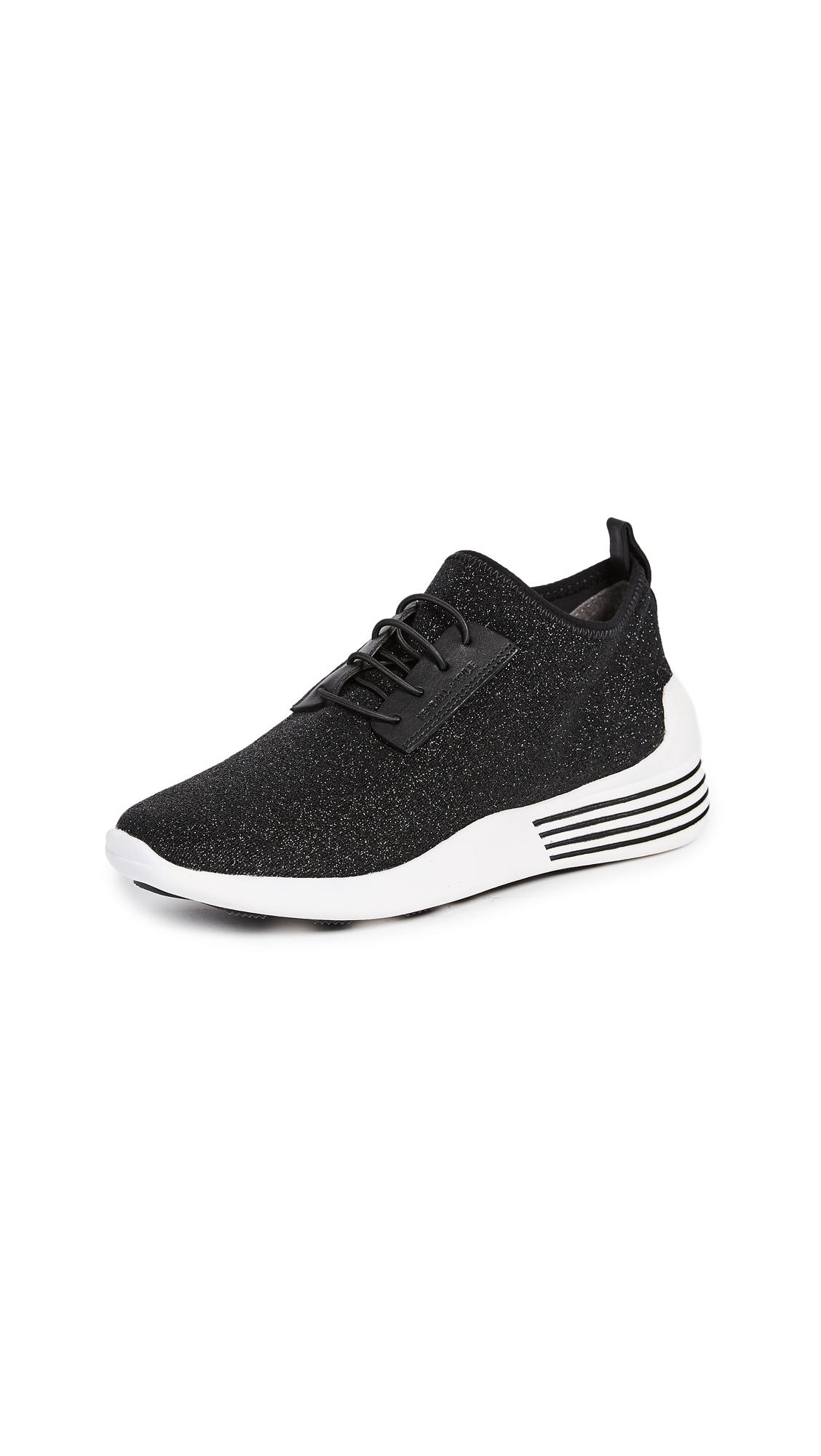 KENDALL + KYLIE Brandy Sneakers - Black/Black