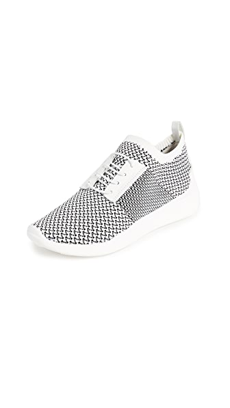 KENDALL + KYLIE Brandy Sneakers In Black/White