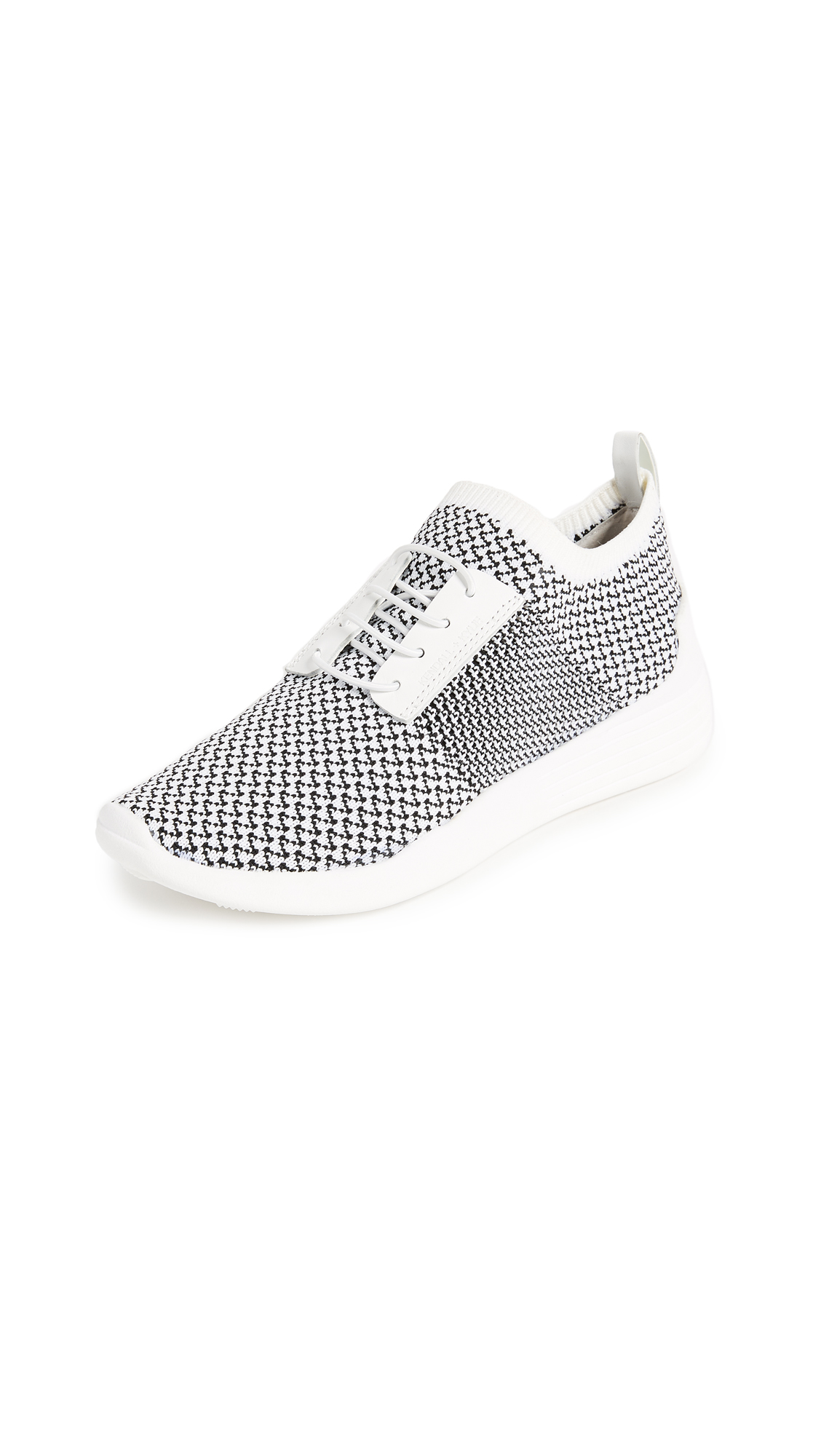 KENDALL + KYLIE Brandy Sneakers - Black/White