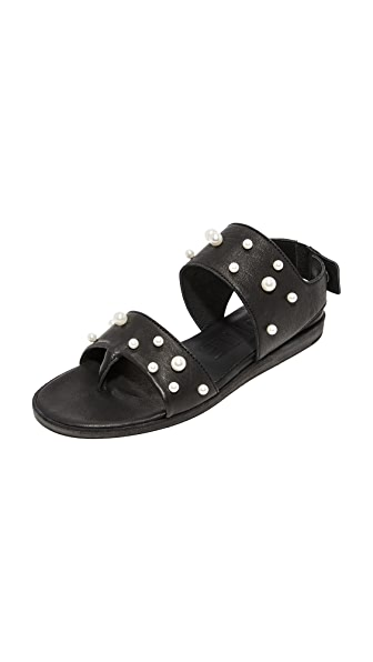 LD Tuttle The Core Sandals - Black/White Pearl