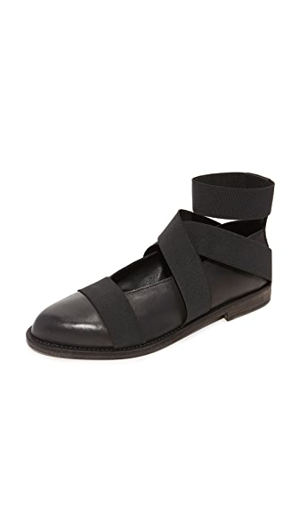 LD Tuttle The Resist Strap Flats In Black