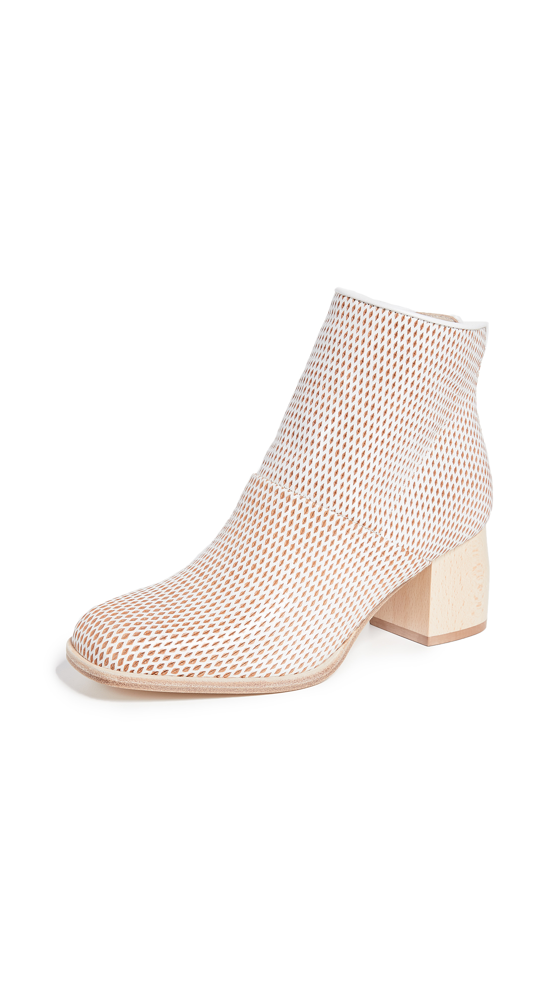 LD Tuttle The Loop Booties - Chalk Diamond Cut