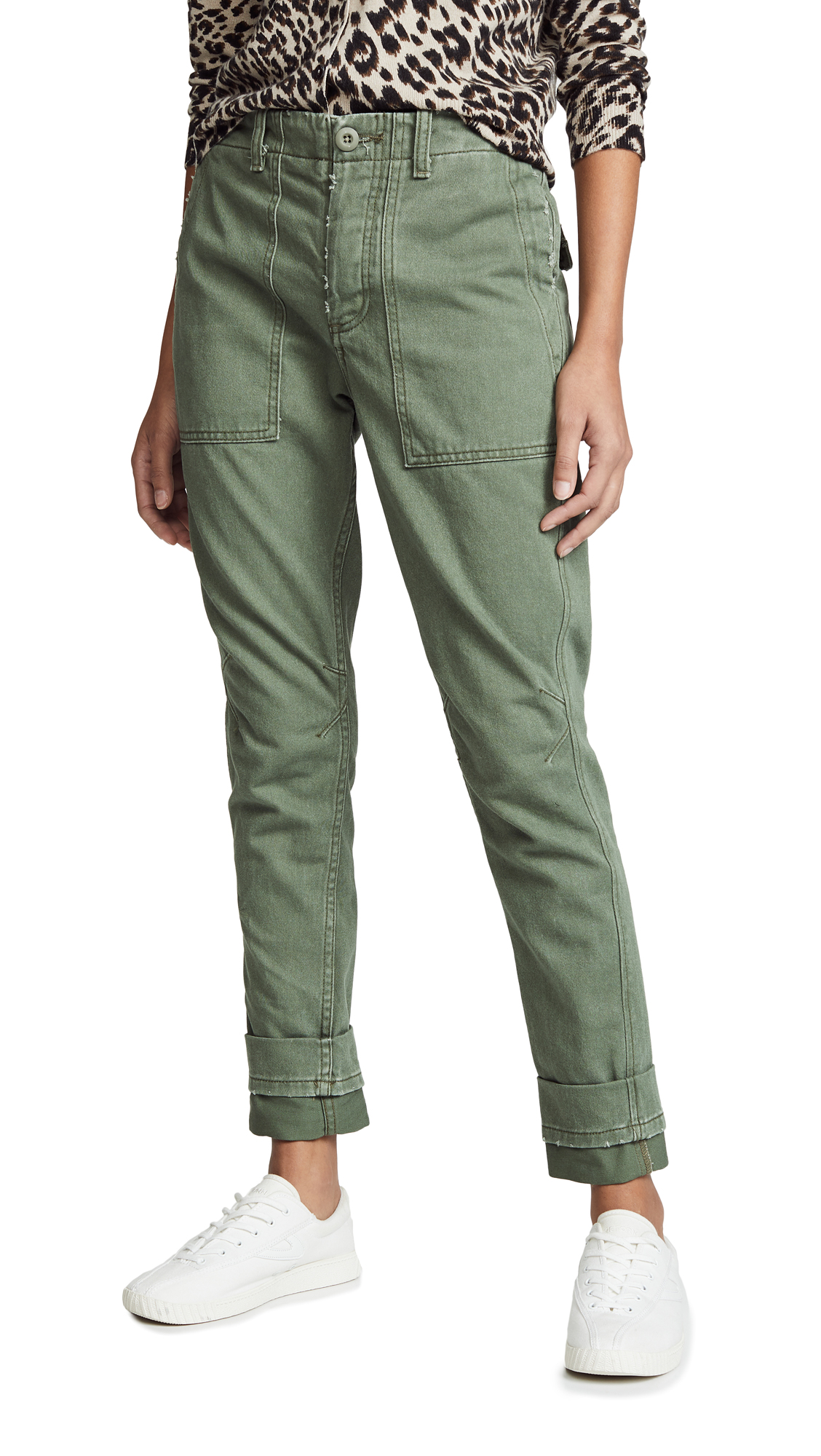 LE SUPERBE Casbah Cuffed Cropped Cargo Pants in Army