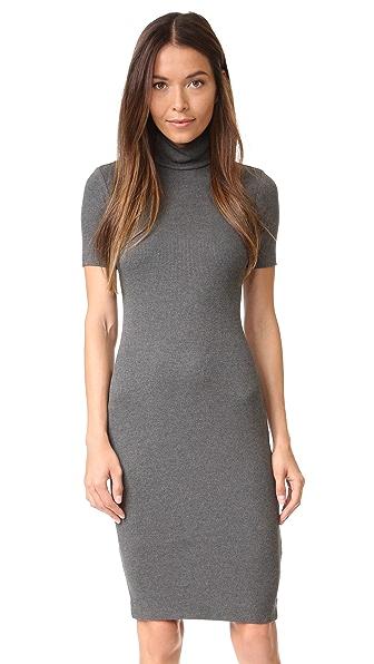 L'AGENCE Платье Ami с воротником под горло
