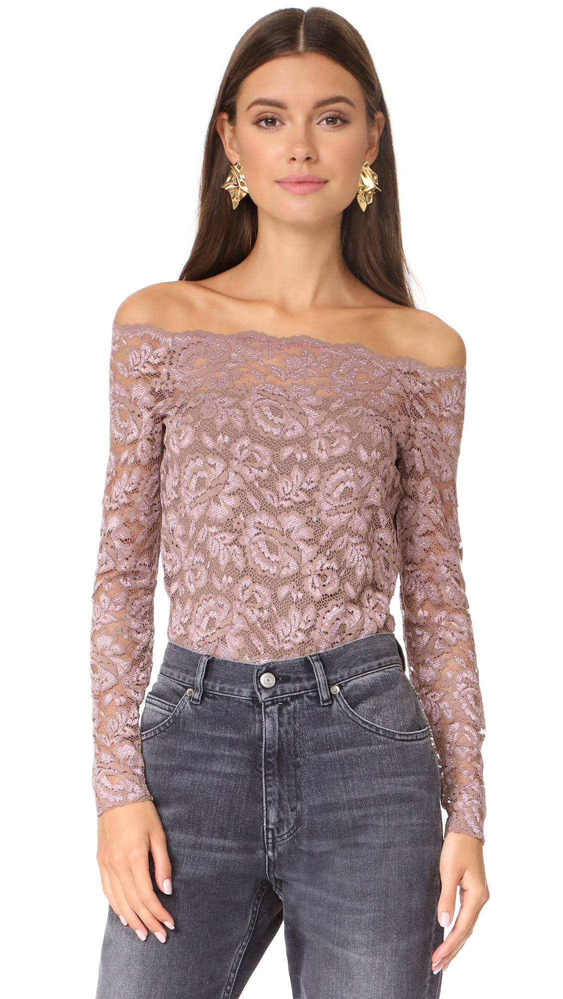 LAGENCE Heidi Off Shoulder Lace Top - Mauve Rose
