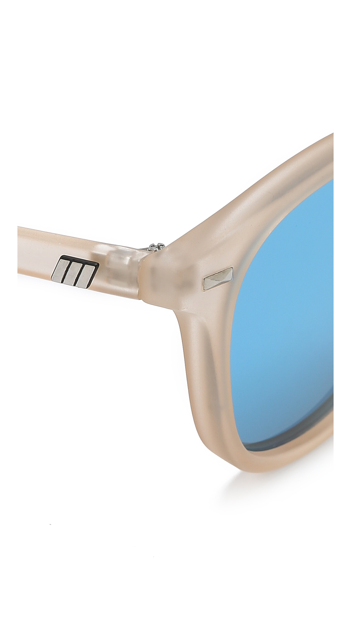 b6cd272f20 Le Specs Bandwagon Sunglasses