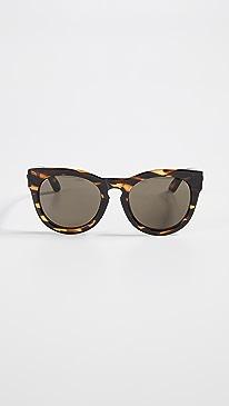 b12d57086239 Shop Women s Designer Eyewear Online