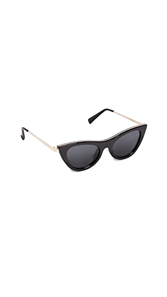 Le Specs Enchantress Sunglasses In Black/Smoke