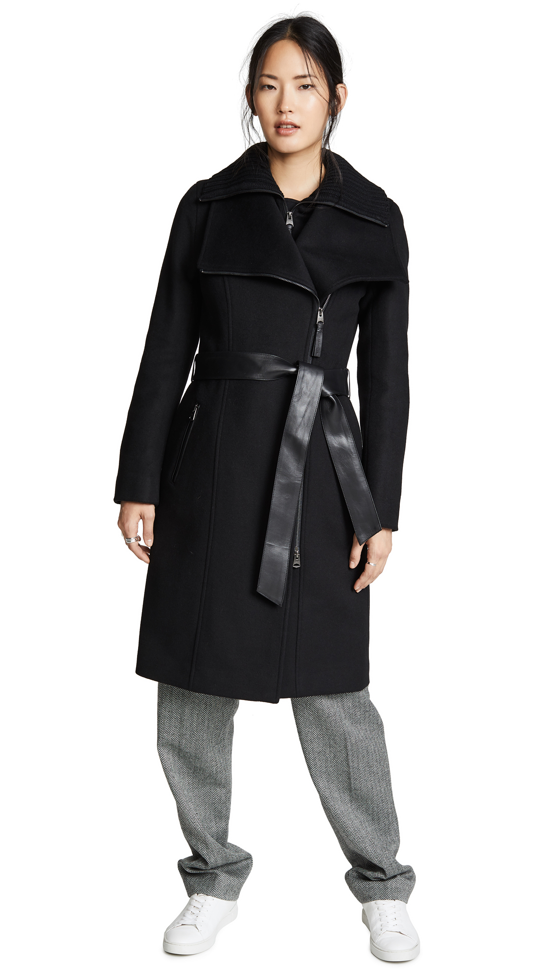 Mackage Nori Coat In Black