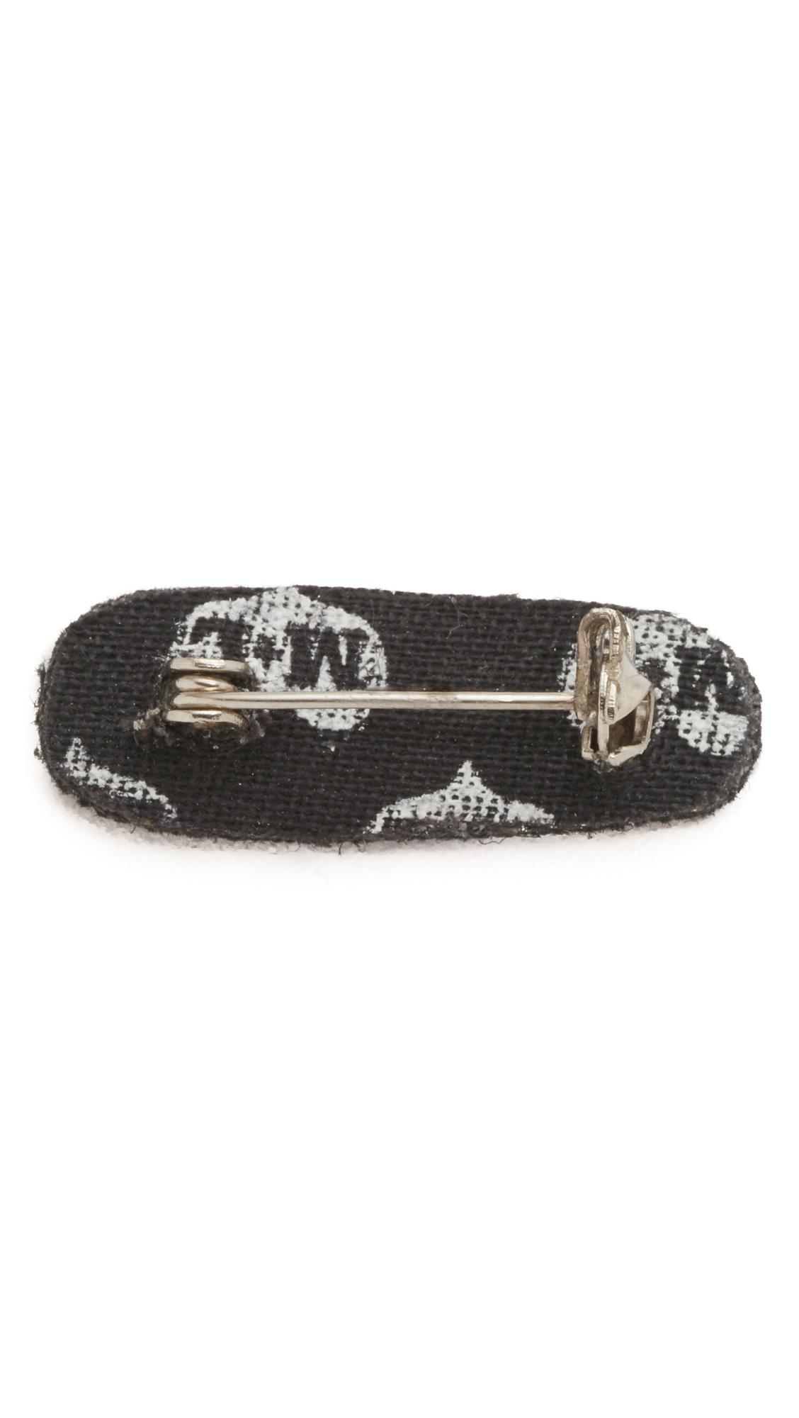 Macon & Lesquoy Safety Pin - Gold v7seig