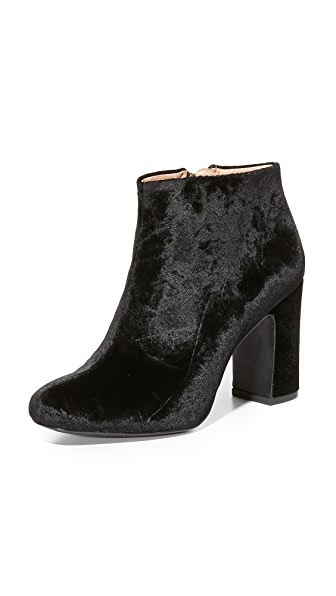 Madewell Lana Velvet Booties - True Black
