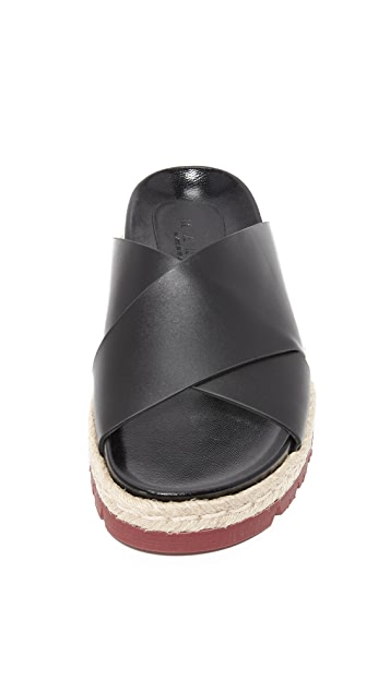 Marni Fussbett Sandals