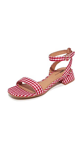 Matiko Raquela City Sandals - Red Gingham