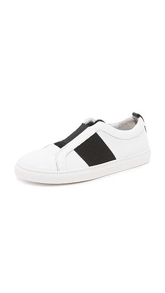 Matt Bernson Trifecta Slip On Sneakers In White/Black
