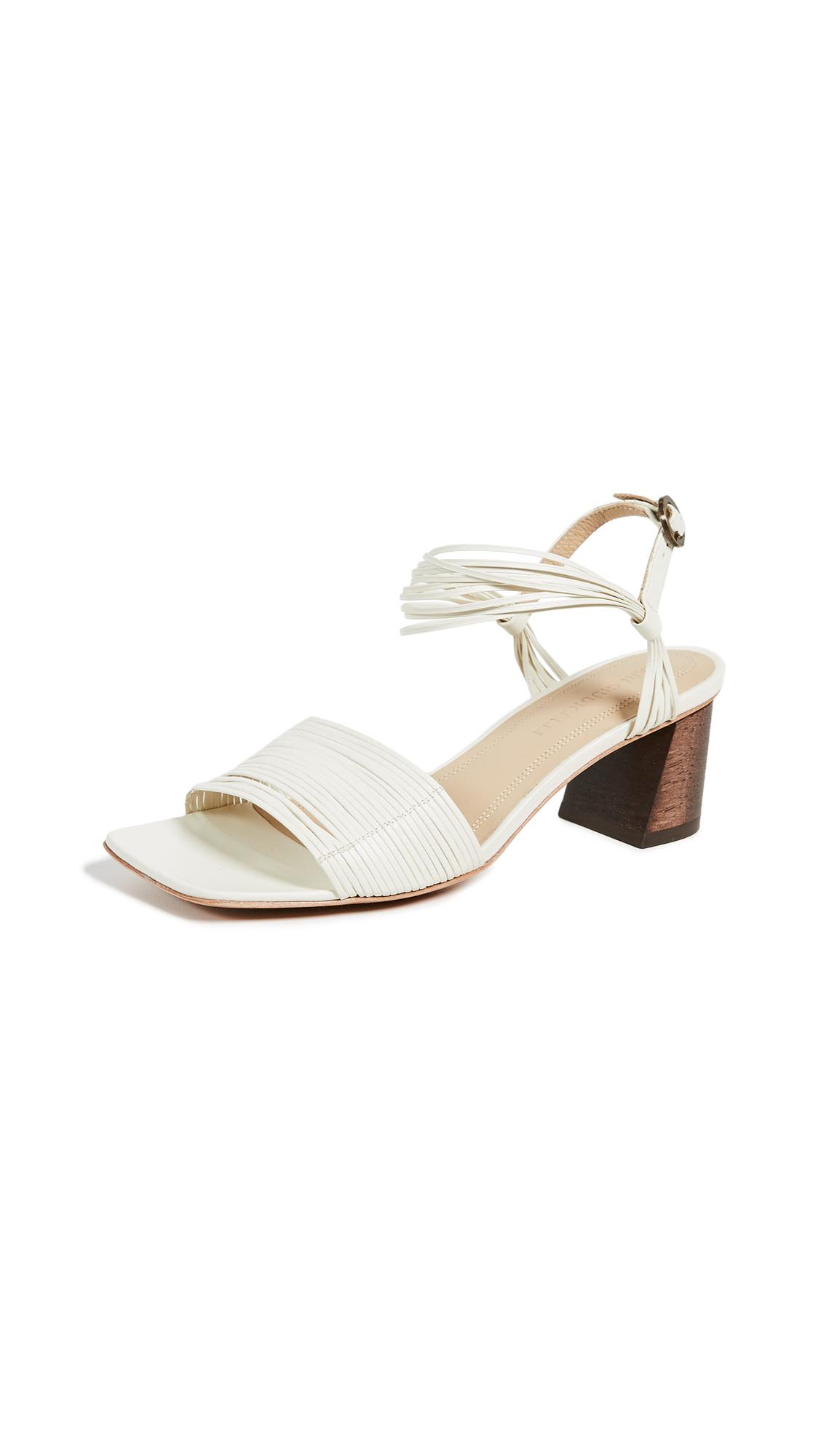 Mari Giudicelli Vitta Sandals - Off-White