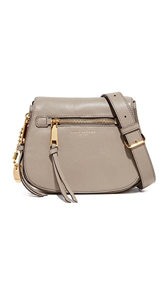 SMALL RECRUIT NOMAD PEBBLED LEATHER CROSSBODY BAG - BEIGE