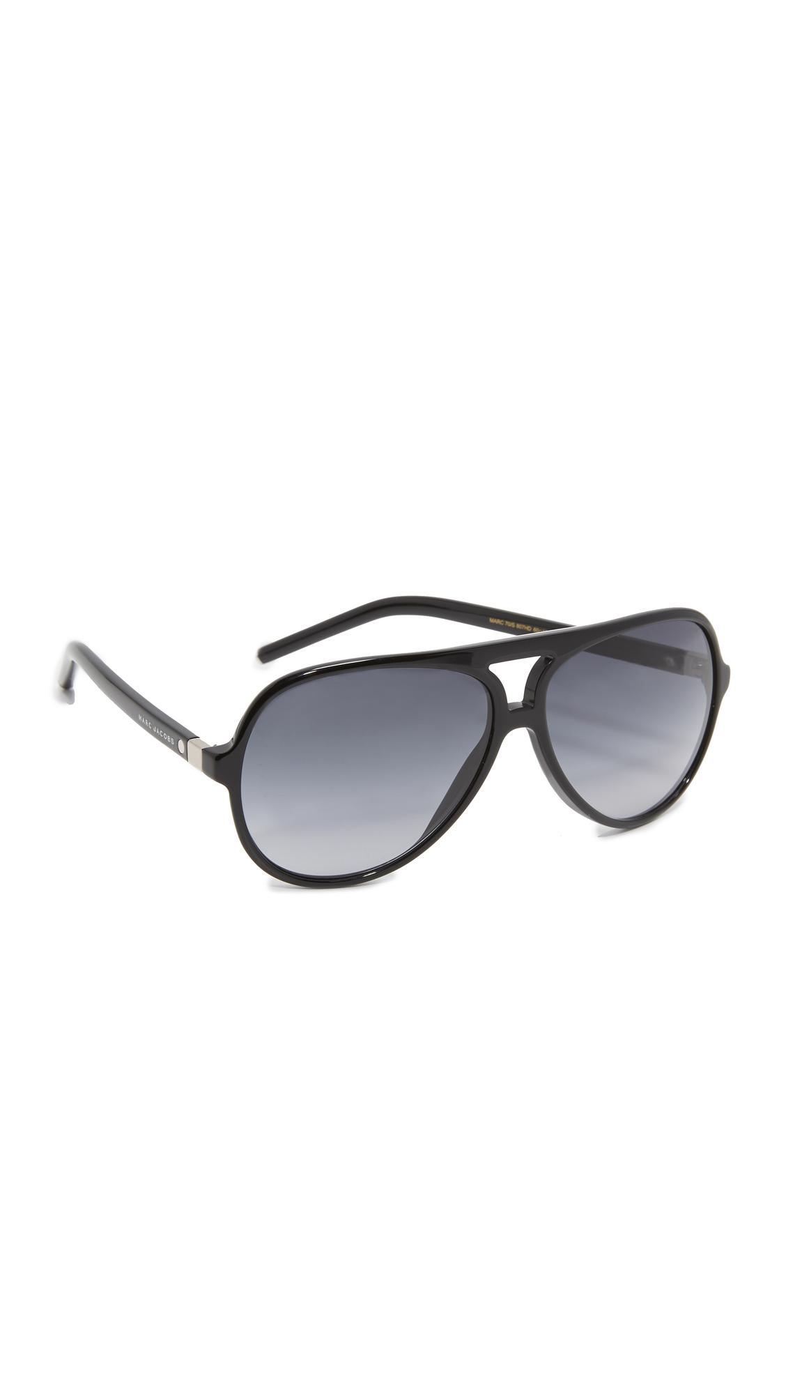 fdbe179dec35 Black Aviator Sunglasses Kim Kardashian Wears « One More Soul
