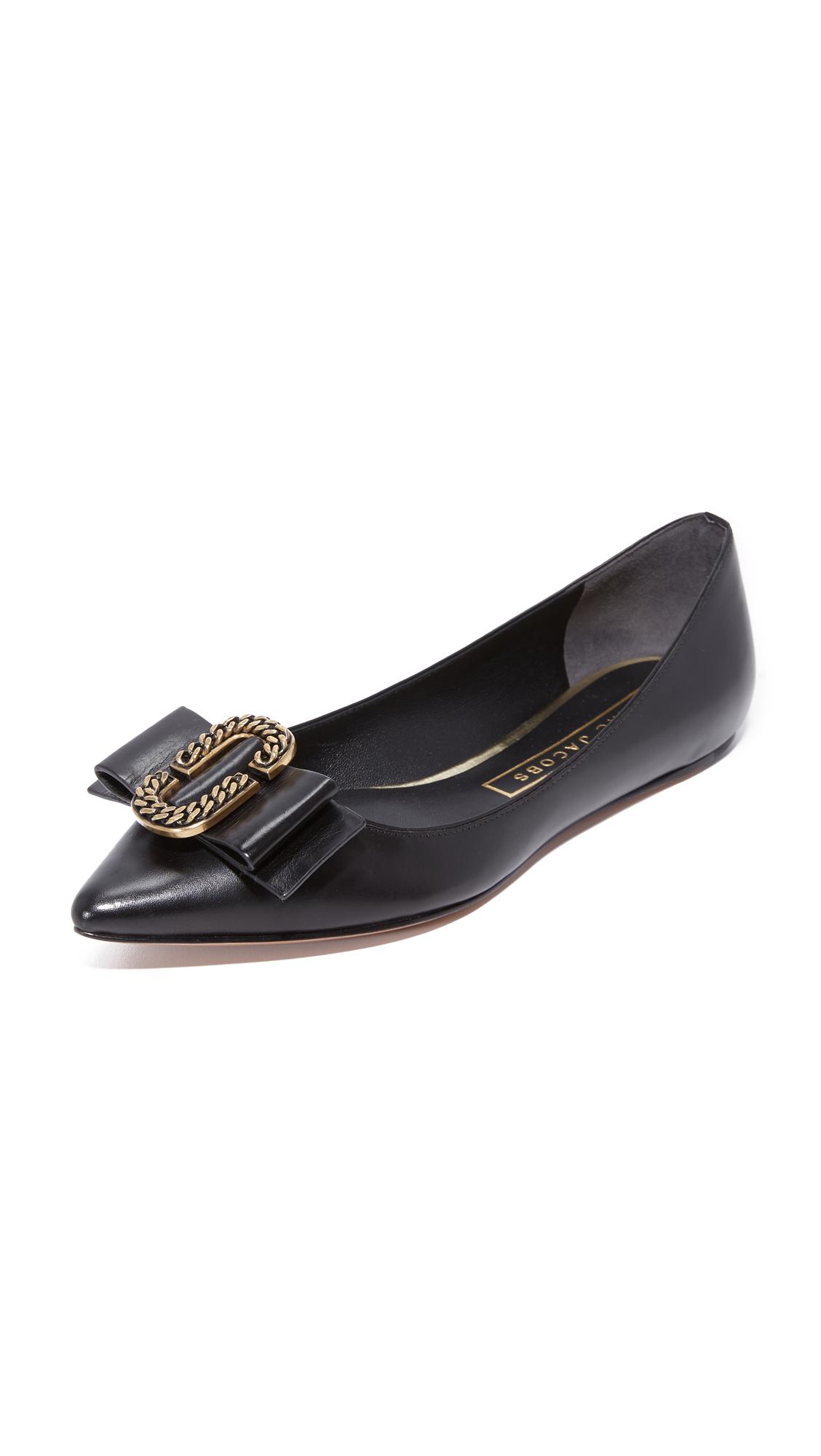 marc jacobs female marc jacobs interlock pointy toe ballerina flats black