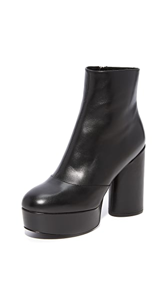 Marc Jacobs Amber Platform Ankle Booties In Black