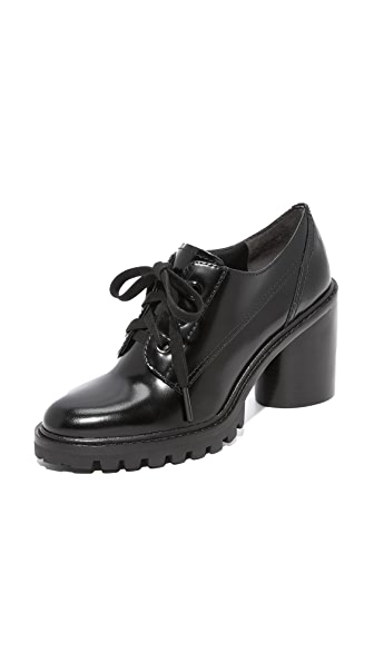 Marc Jacobs Gwen Oxford Pumps - Black