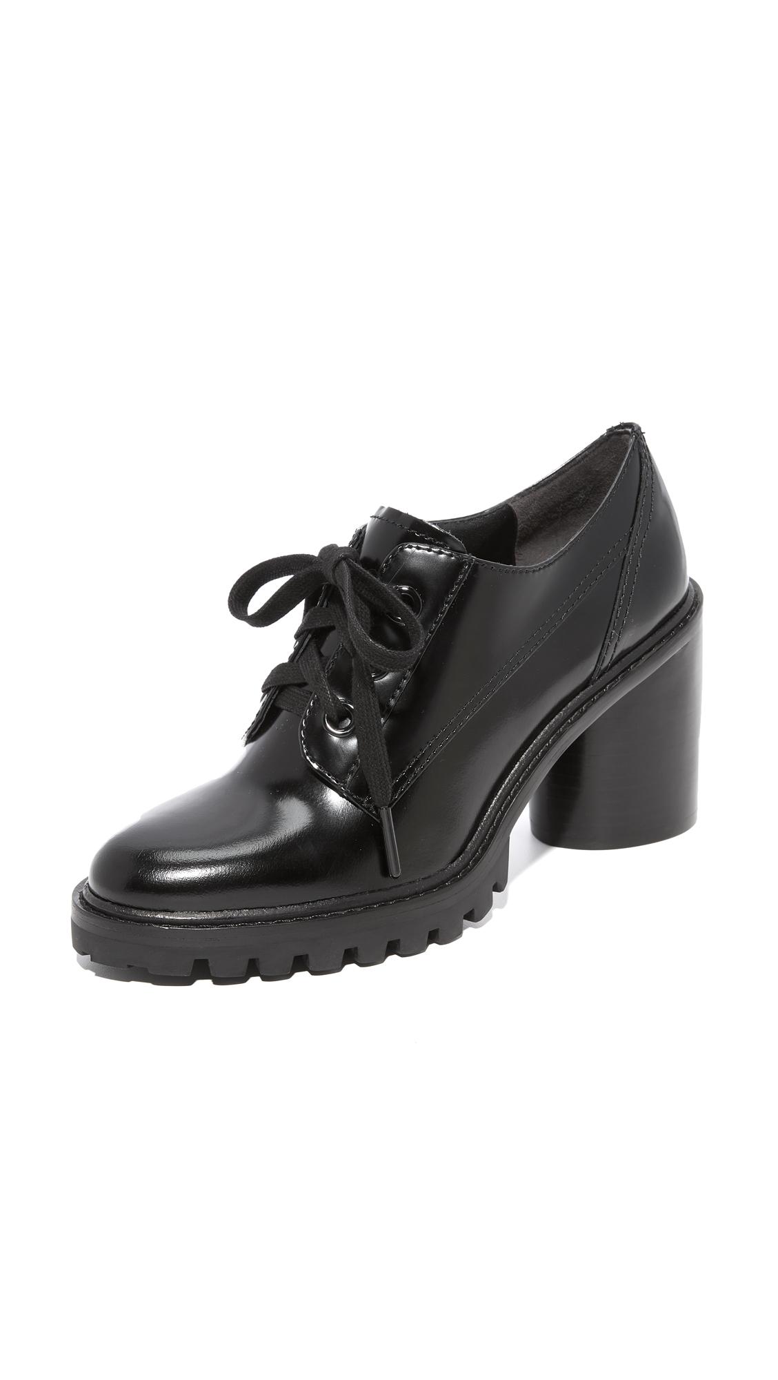 Marc Jacobs Gwen Oxford Pumps - Black