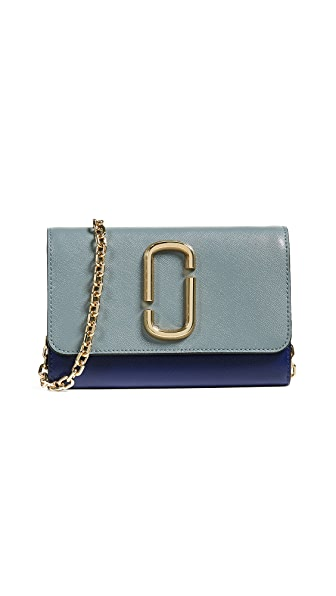 3174664402d3 Marc Jacobs Snapshot Wallet on a Chain