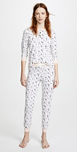 Lady Liberty Blue Cropped Pants White Lace Top The