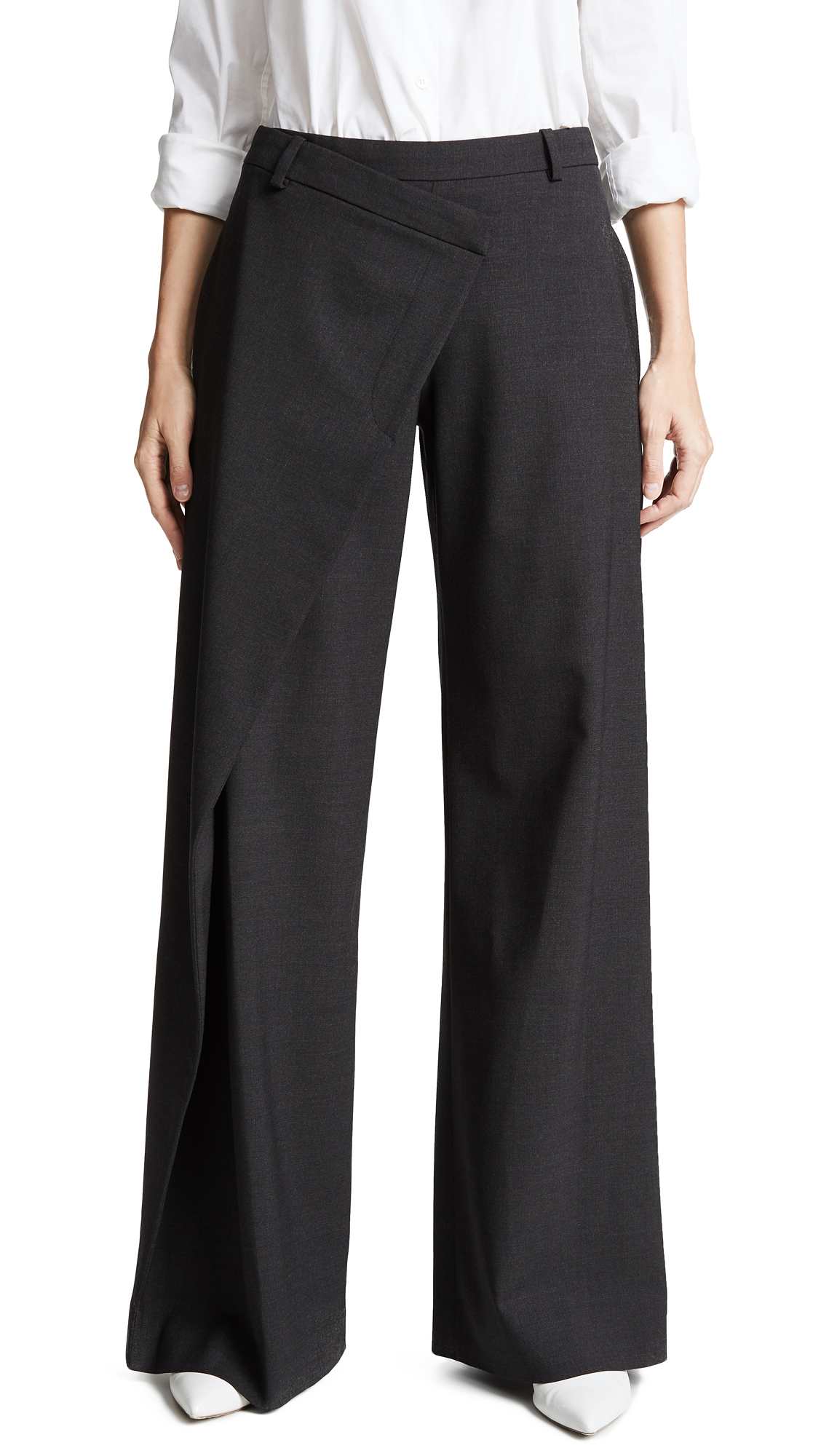 Asymmetrical Trousers With Pleats in Black