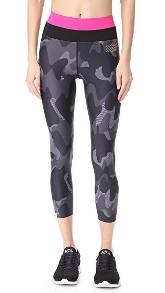 Monreal London Camo Leggings - Black Camo