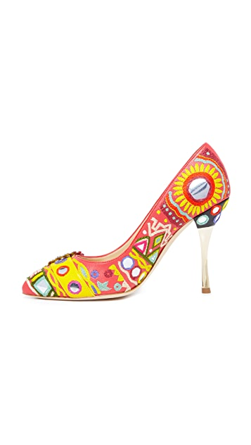 Moschino Point Toe Pumps
