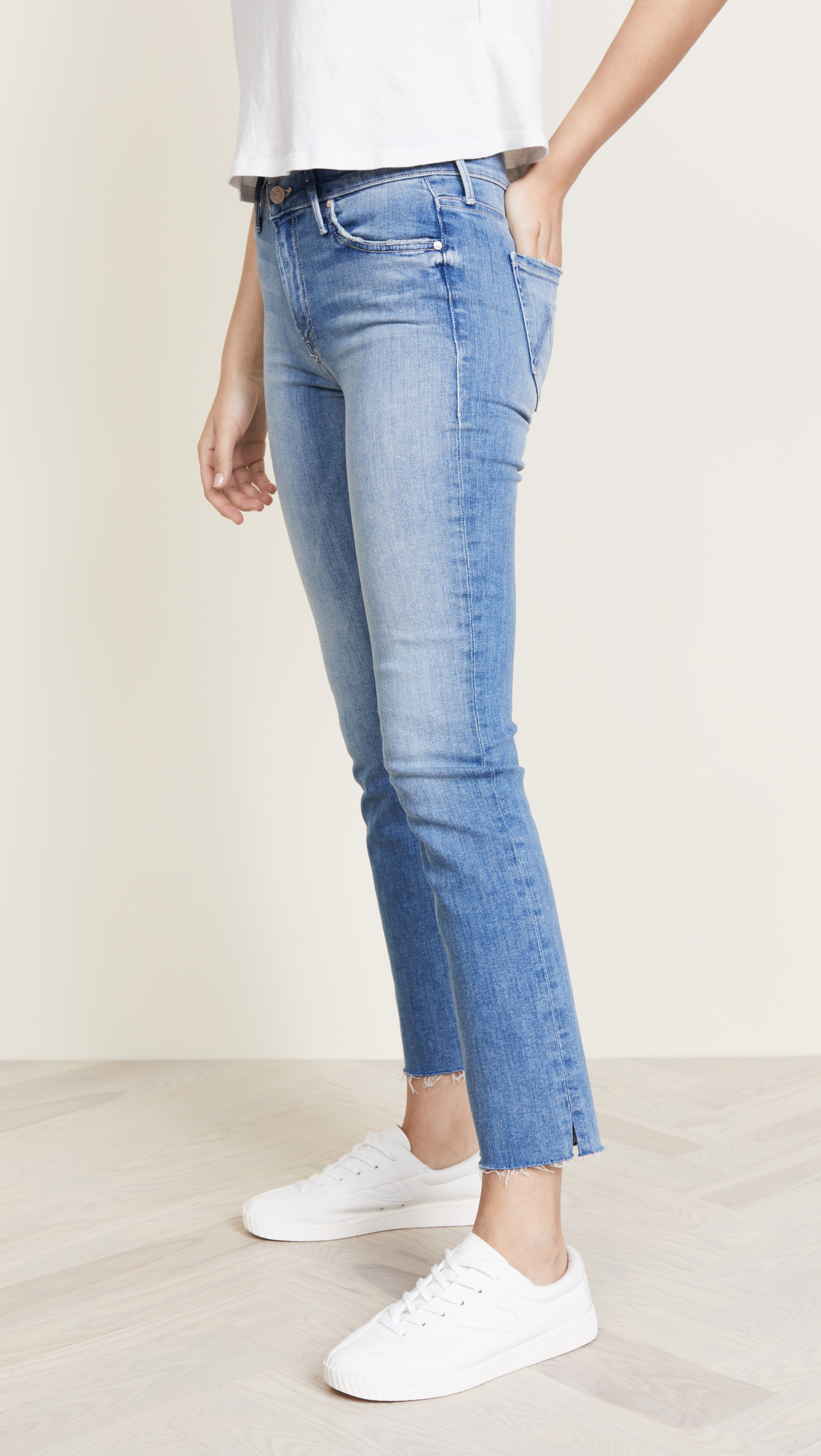 75daec7465263 MOTHER Rascal Ankle Snippet Jeans
