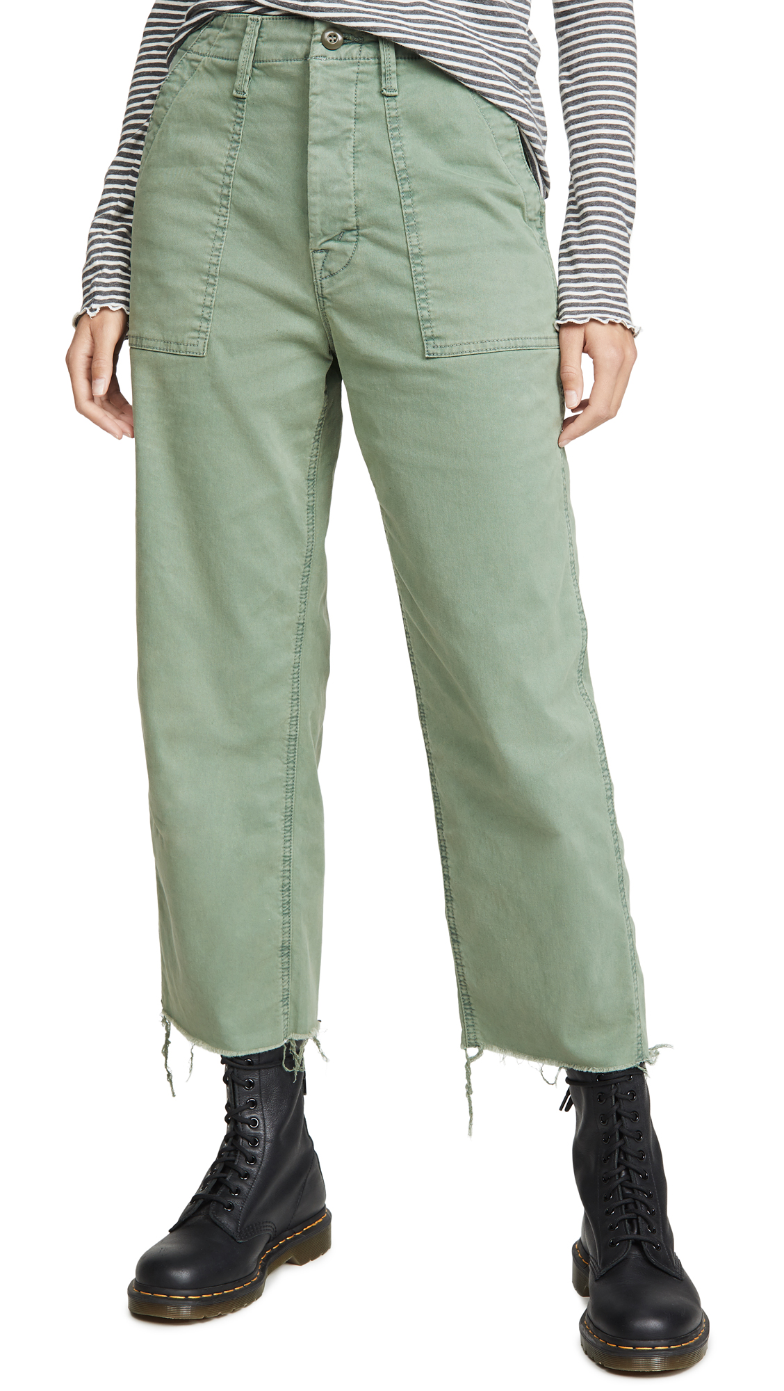 Buy MOTHER online - photo of MOTHER The Patch Pocket Private Ankle Fray Pants