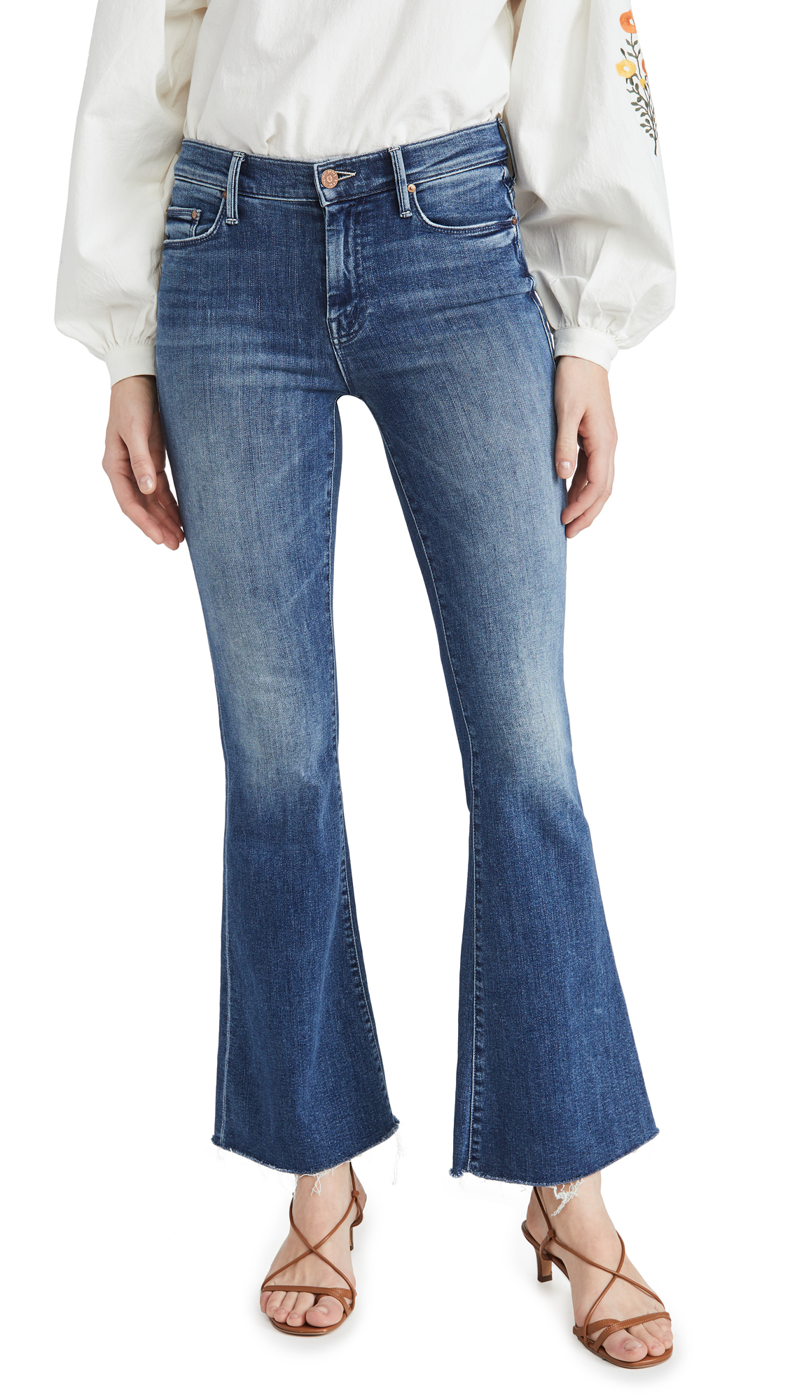Buy MOTHER online - photo of MOTHER The Weekender Fray Jeans