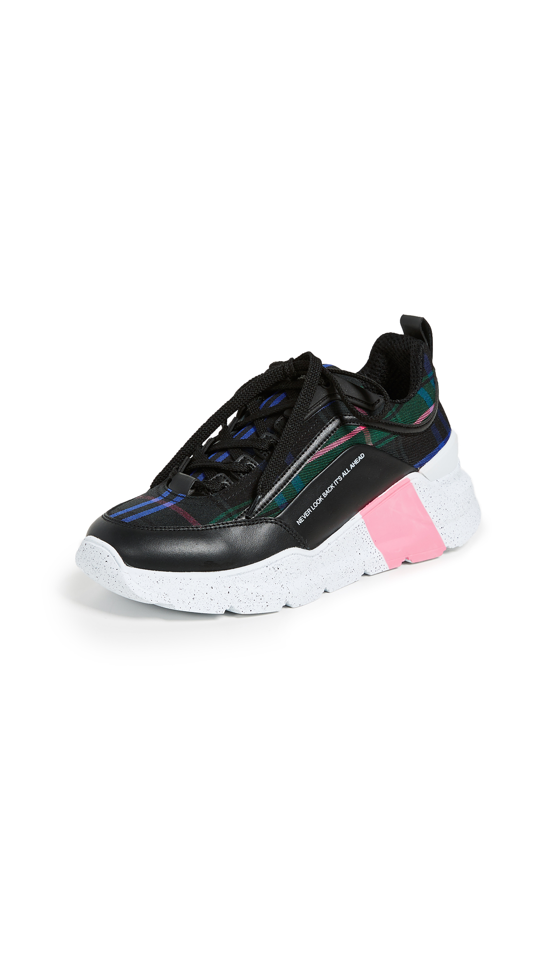 Hiking Trainer Sneakers in Black