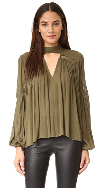 Ministry of Style Gesture Blouse