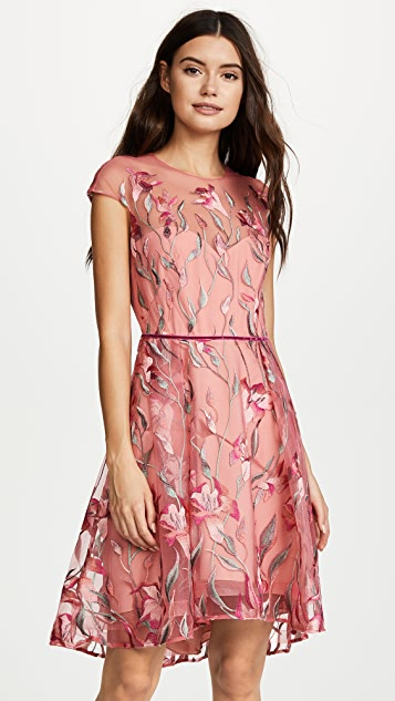 Capsleeve cocktail dress