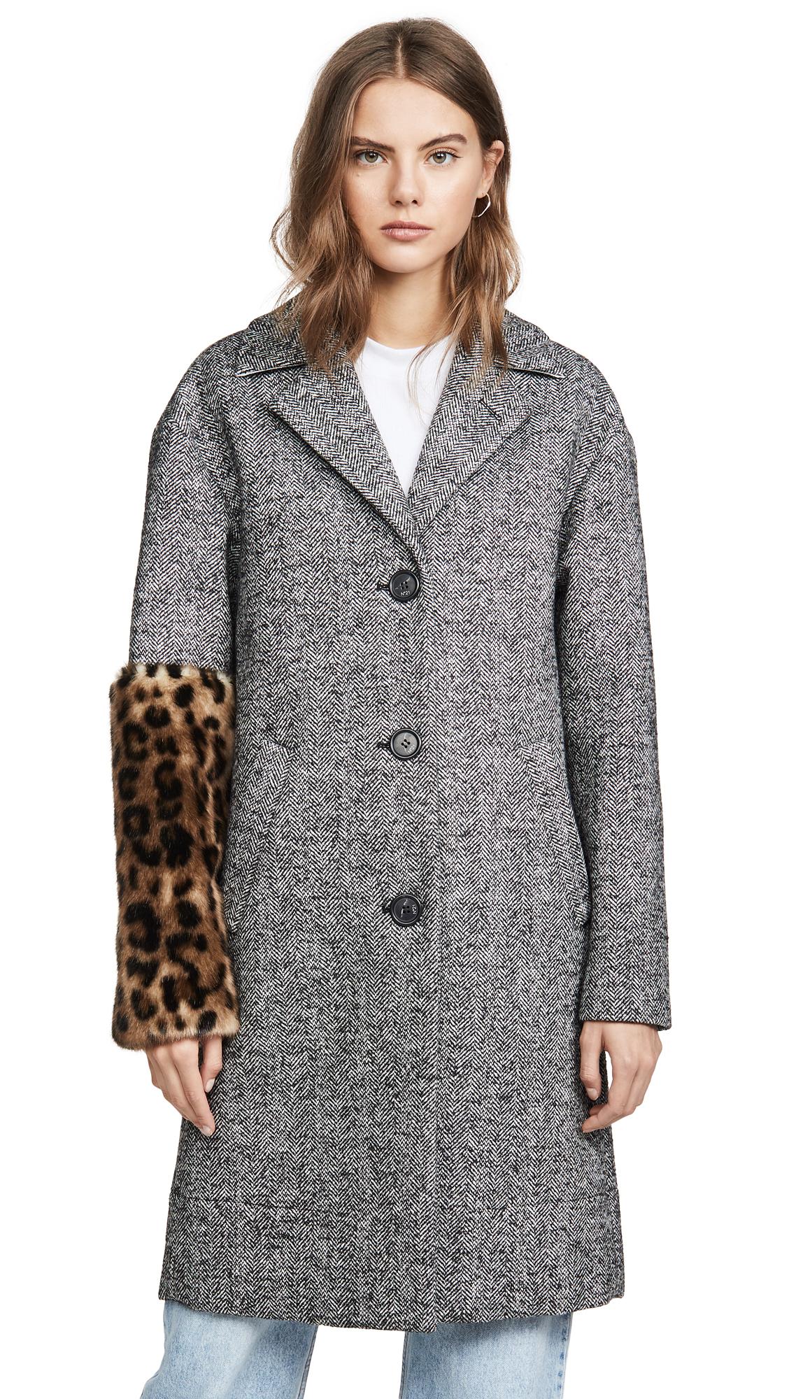 Buy No. 21 online - photo of No. 21 Leopard Sleeve Coat