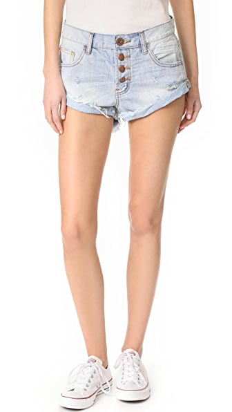 One Teaspoon Florence Bandit Shorts In Florence