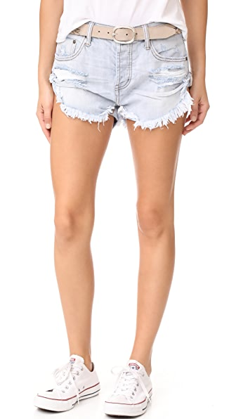 One Teaspoon Bandits Shorts - Hamptons