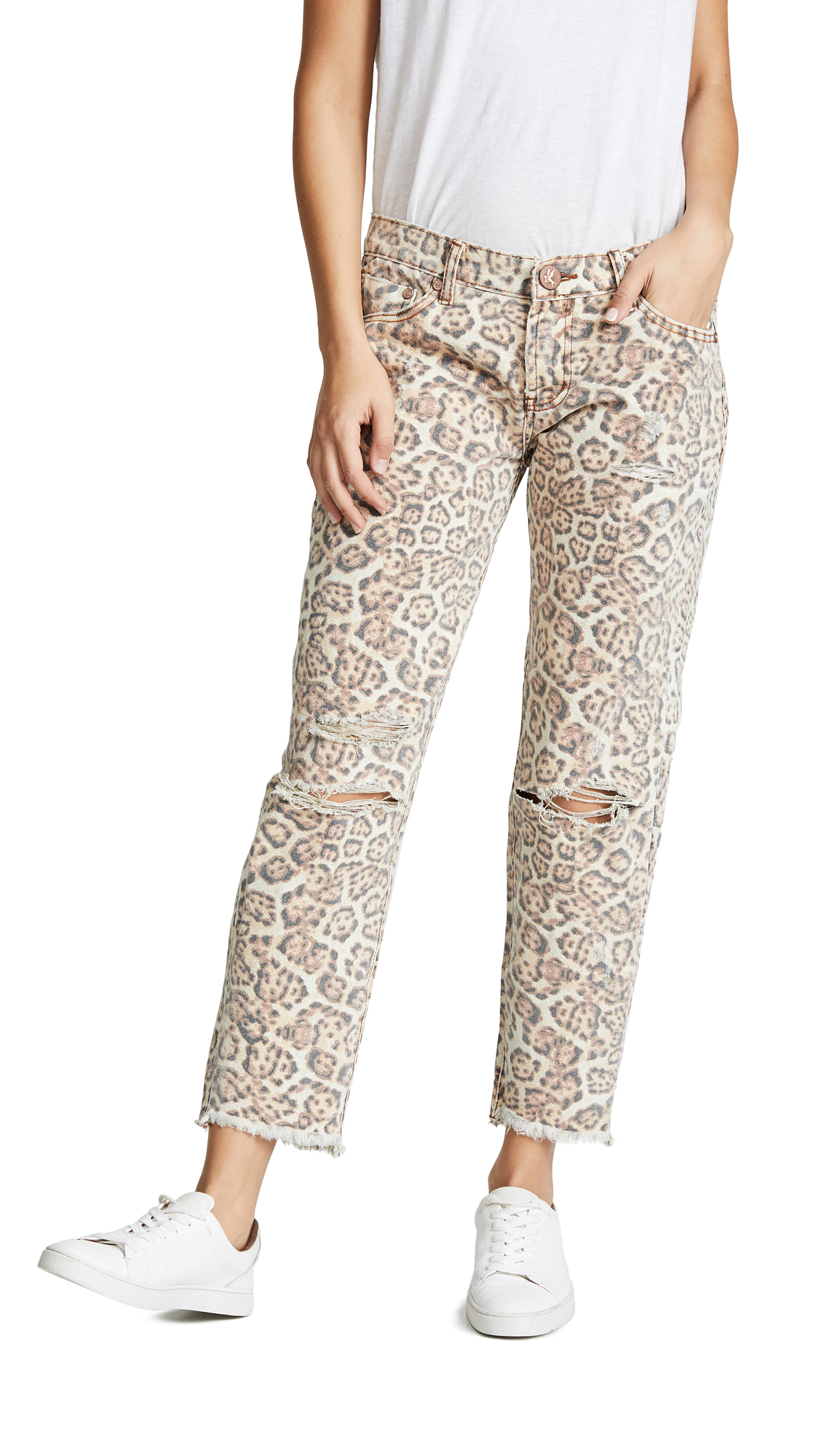 ONE TEASPOON Awesome Baggies Straight Leg Jeans in Leopard