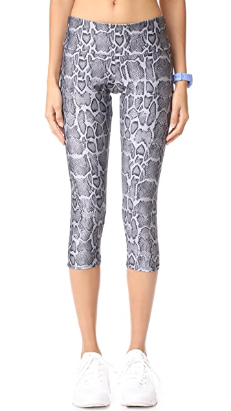 Chamber Capri Leggings